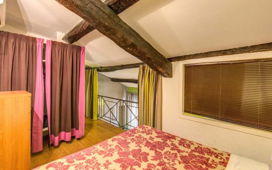Apartments for rent in Rome | Accomodation near Piazza Navona and Colosseum