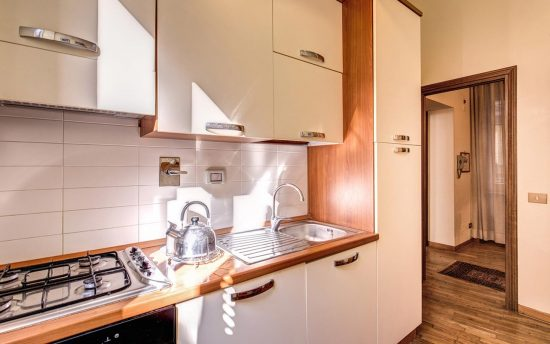 Apartment in rome center. Fully Equipped Kitchen with Appliances and Cabinets | Luxury Apartment near Pantheon