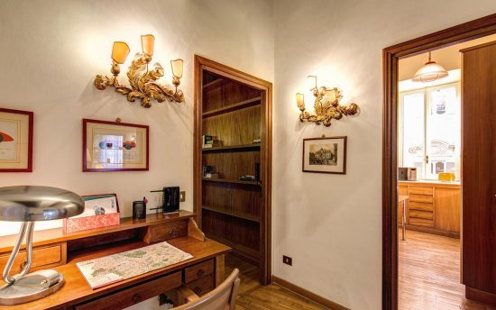 Apartment in rome center. Luxury Apartments in Rome, Italy | Accomodation near Trevi Fountai, Piazza Navona, Pantheon and Saint Peter.