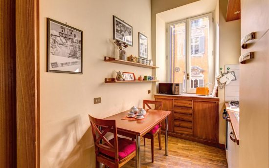 Apartment in rome center. Fully Equipped Kitchen in Luxury Apartment near Pantheon | Apartments in the Center of Rome, Italy