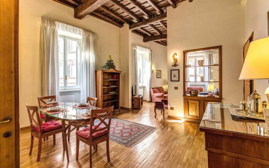 Apartment in rome center. Wonderful living room with lunchroom | Apartment near Colosseum, Rome